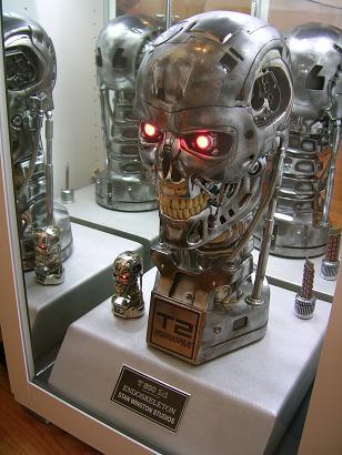 Quoi de neuf dans votre collection? Volume 2 - Page 6 TerminatorVitrine